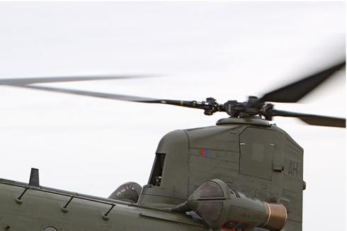 Photo#5193-2-Boeing Chinook HC2