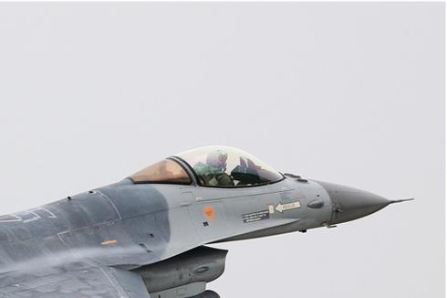 Photo#5402-2-General Dynamics F-16AM Fighting Falcon