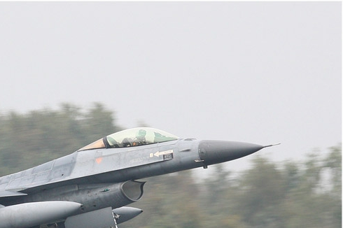 Photo#5417-2-General Dynamics F-16AM Fighting Falcon