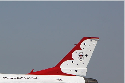 Photo#5649-2-General Dynamics F-16C Fighting Falcon