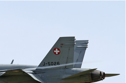 Photo#5827-2-McDonnell Douglas F/A-18C Hornet