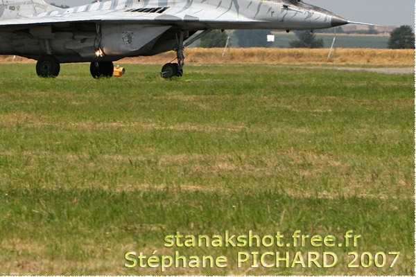 5047c-Mikoyan-Gurevich-MiG-29UBS-Slovaquie-air-force