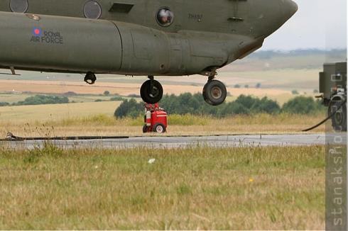 Photo#5190-4-Boeing Chinook HC3