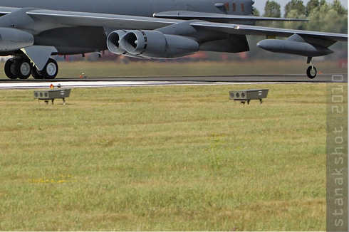 Photo#5221-4-Boeing B-52H Stratofortress