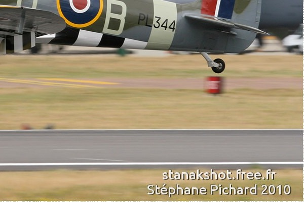 Photo#5333-4-Supermarine Spitfire LF9E