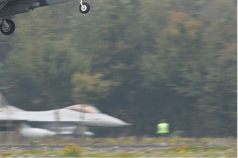 Photo#5417-4-General Dynamics F-16AM Fighting Falcon