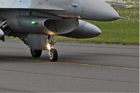 Photo#5494-4-Lockheed Martin F-16D Fighting Falcon