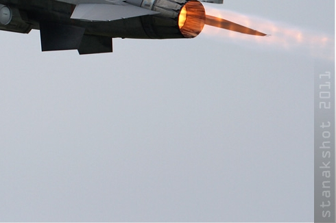 Photo#5501-4-General Dynamics F-16AM Fighting Falcon