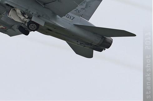 Photo#5512-4-McDonnell Douglas F/A-18C Hornet
