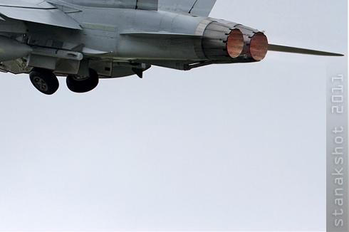 5513c-McDonnell-Douglas-F-A-18C-Hornet-Suisse-air-force