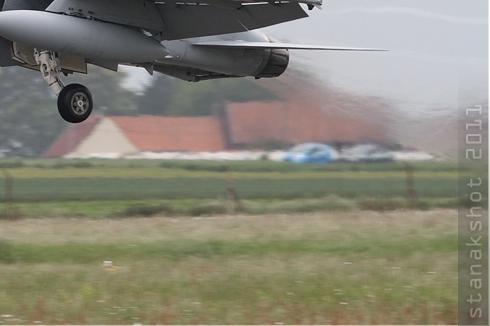 Photo#5514-4-McDonnell Douglas F/A-18D Hornet