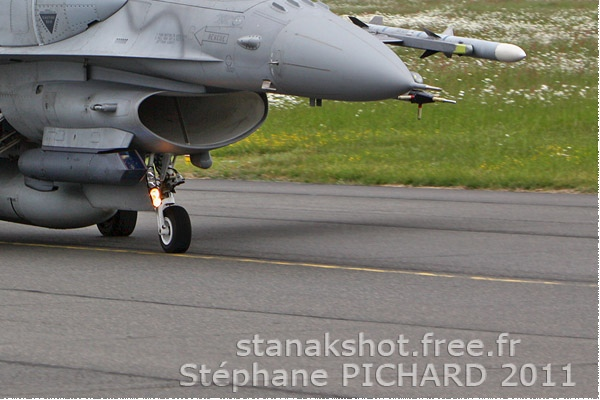 Photo#5596-4-Lockheed Martin F-16C Fighting Falcon