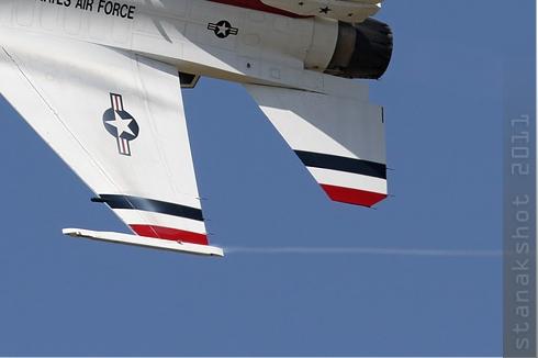 Photo#5655-4-General Dynamics F-16C Fighting Falcon