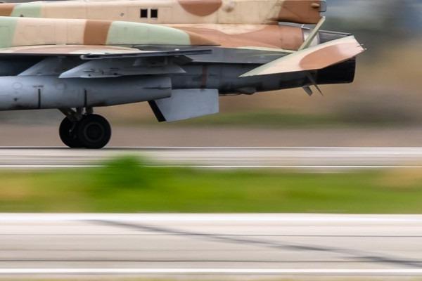 5672c-Antonov-An-26-Slovaquie-air-force