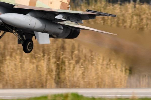 Photo#5976-4-Panavia Tornado GR4(T)