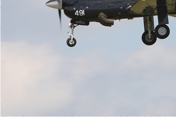 Photo#5170-3-Short Tucano T1