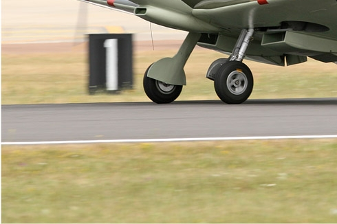 Photo#5358-3-Supermarine Spitfire TR9