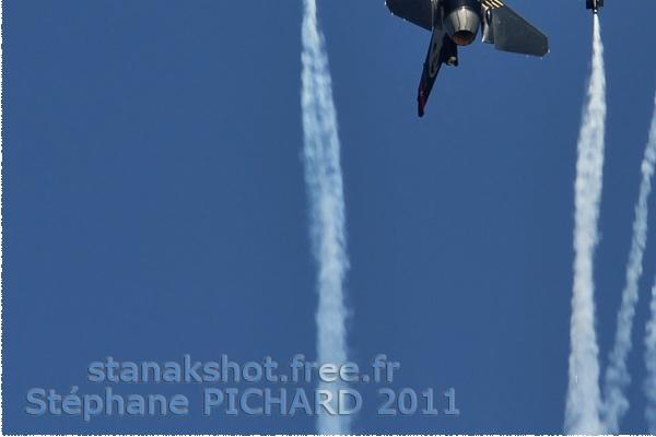 Photo#5646-3-General Dynamics F-16C Night Falcon