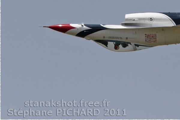 Photo#5657-3-General Dynamics F-16C Fighting Falcon