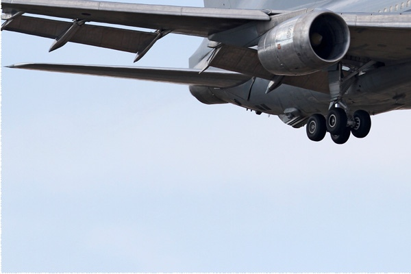 Photo#5982-3-Lockheed Tristar KC1