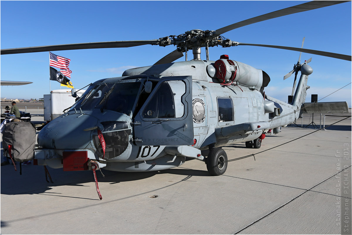 tof#6363 H-60 de la Marine américaine au statique à Yuma (AZ, USA) en 2013