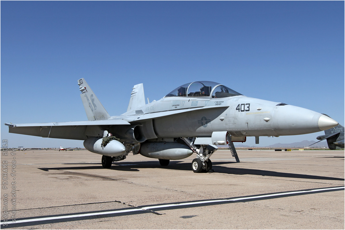tof#6717_F-18_de la Marine américaine