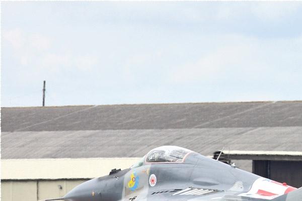 Photo#6127-1-Mikoyan-Gurevich MiG-29A