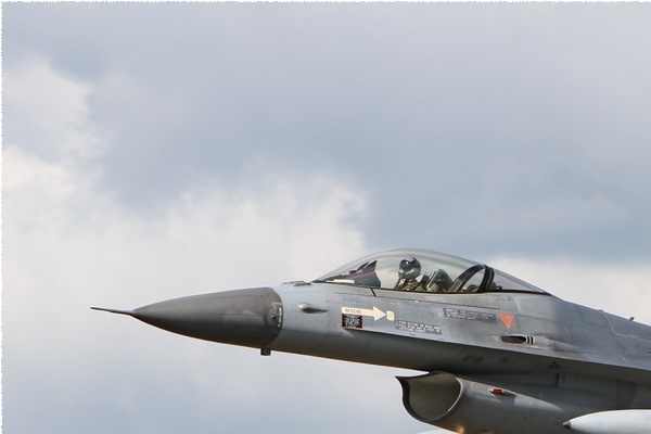 Photo#6184-1-General Dynamics F-16AM Fighting Falcon