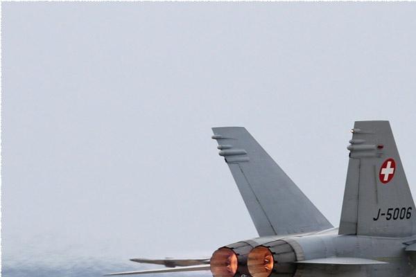 Photo#6259-1-McDonnell Douglas F/A-18C Hornet