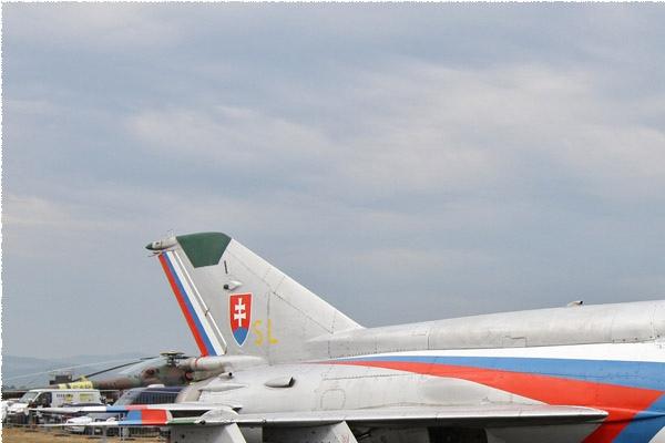 6285a-Mikoyan-Gurevich-MiG-21MF-Slovaquie-air-force