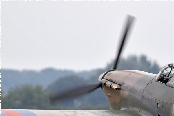 Photo#6323-1-Hawker Hurricane XII