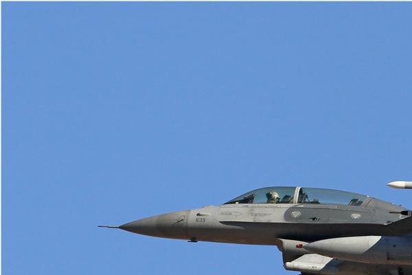 Photo#6537-1-General Dynamics F-16D Fighting Falcon