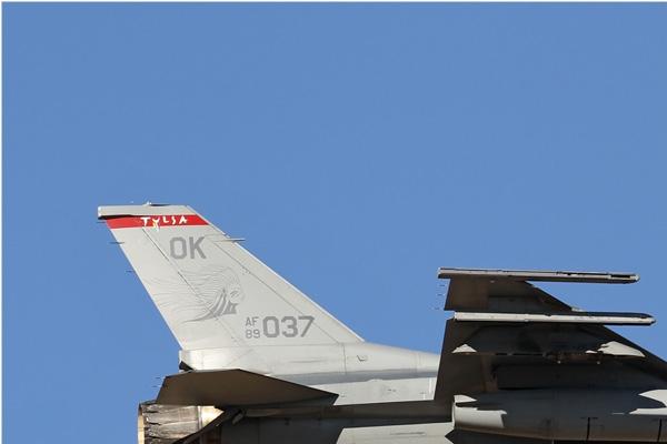 Photo#6635-1-General Dynamics F-16C Fighting Falcon