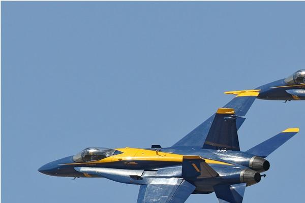 Photo#6676-1-McDonnell Douglas F/A-18C Hornet