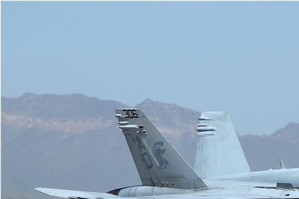 Photo#6711-1-McDonnell Douglas F/A-18C Hornet