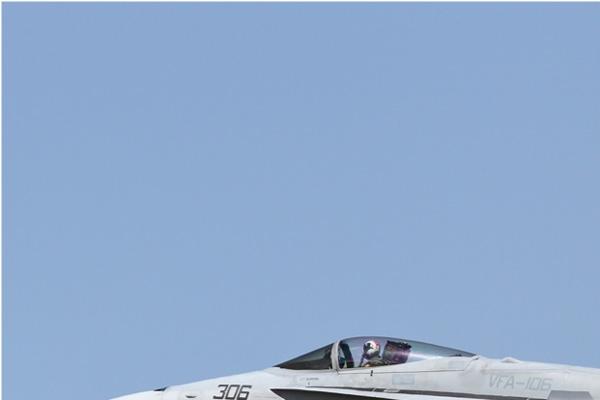 Photo#6712-1-McDonnell Douglas F/A-18C Hornet