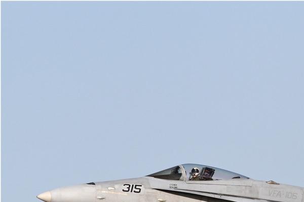 Photo#6714-1-McDonnell Douglas F/A-18C Hornet