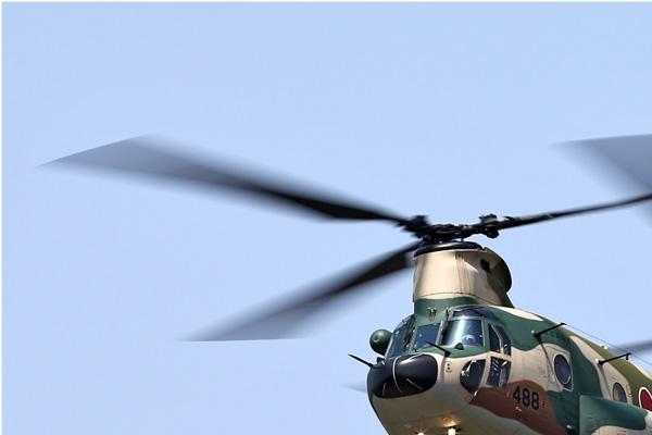 Photo#6779-1-Boeing CH-47J Chinook