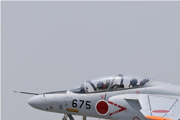 6784a-Kawasaki-T-4-Japon-air-force
