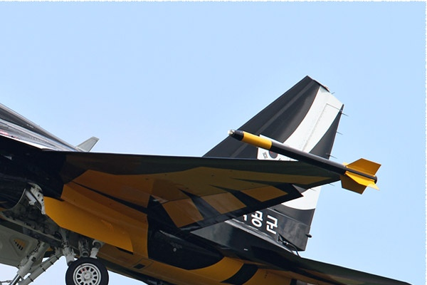 Photo#6138-2-Korea Aerospace T-50B Golden Eagle
