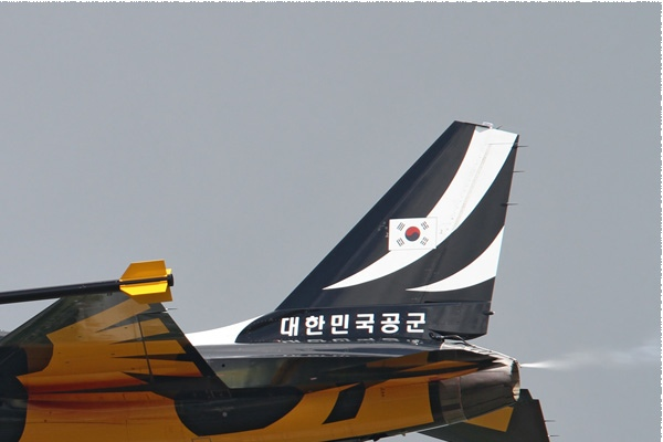 Photo#6139-2-Korea Aerospace T-50B Golden Eagle