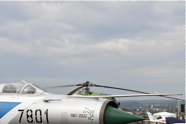 6285b-Mikoyan-Gurevich-MiG-21MF-Slovaquie-air-force