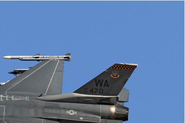 6527b-General-Dynamics-F-16D-Fighting-Falcon-USA-air-force