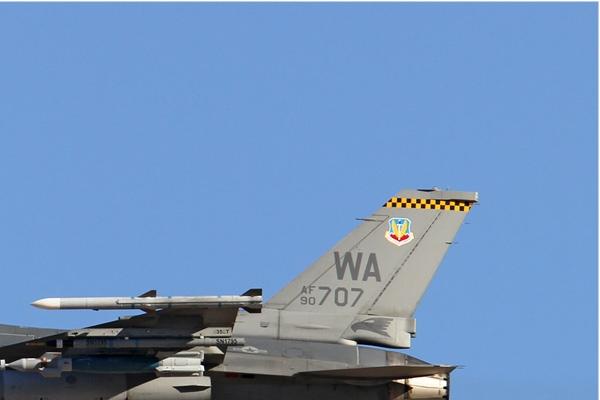 Photo#6531-2-General Dynamics F-16C Night Falcon