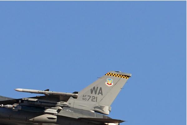 6533b-General-Dynamics-F-16C-Night-Falcon-USA-air-force