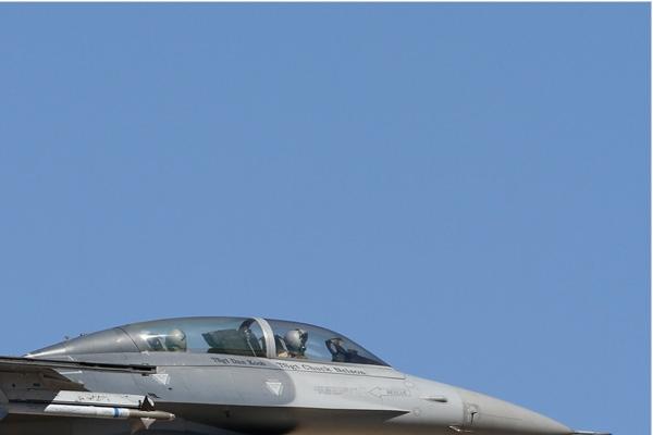 Photo#6568-2-General Dynamics F-16D Fighting Falcon