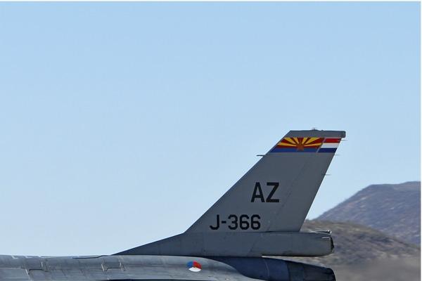 6582b-General-Dynamics-F-16AM-Fighting-Falcon-Pays-Bas-air-force