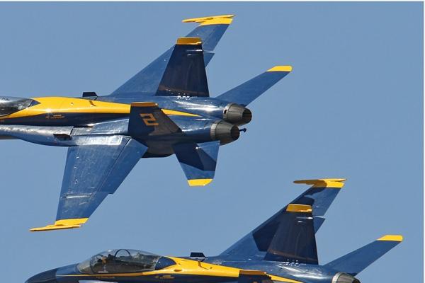 Photo#6676-2-McDonnell Douglas F/A-18C Hornet