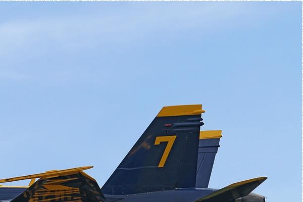 Photo#6679-2-McDonnell Douglas F/A-18D Hornet