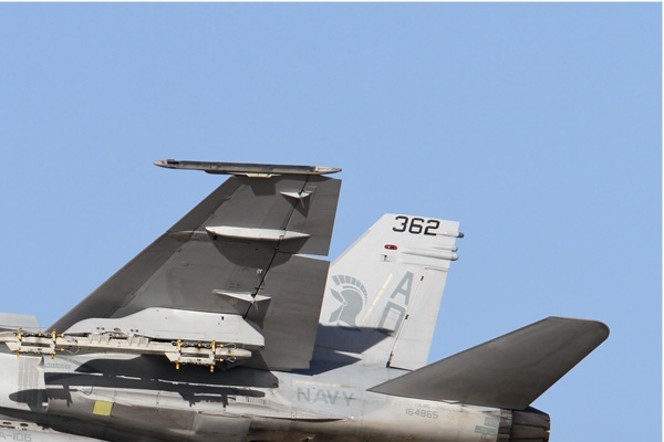 Photo#6716-2-McDonnell Douglas F/A-18C Hornet